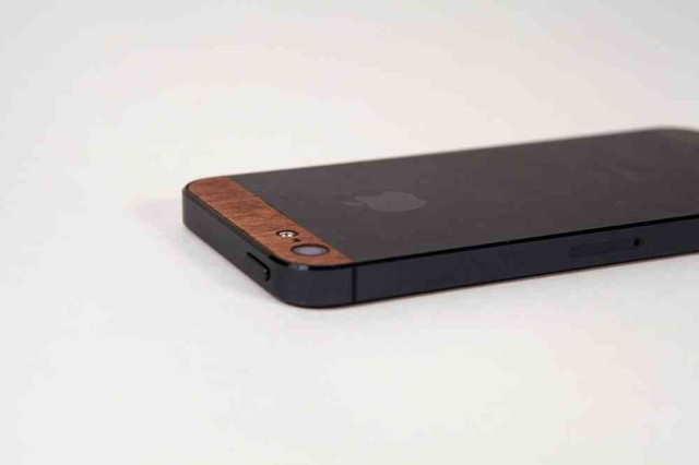These Wooden Accents For The iPhone 5 Are Gorgeously Mid-Century