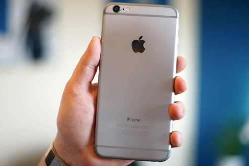 Apple will upgrade some iPhone 6 Plus units in need of repair
