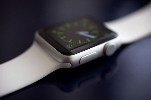 These 3-D-printed Apple Watch stands will show off your shiny smartwatch