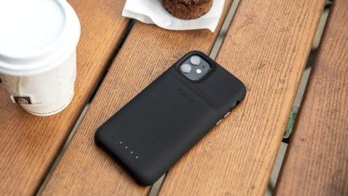 Mophie's beefy iPhone 11 battery case adds hours of life