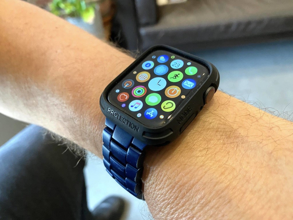Elkson Quattro review: Apple Watch bumper case solves specific problem