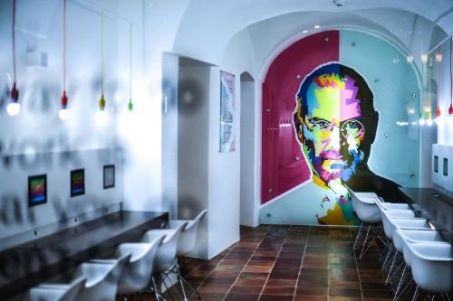 Prague Apple Museum offers intimate look at Steve Jobs