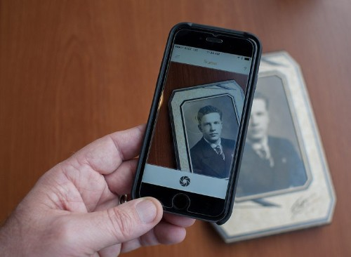 iPhone app gives treasured photos new life [Review]