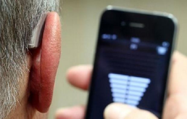 ReSound LiNX Is The First Hearing Aid That's Made For The iPhone