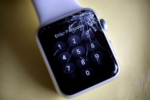 Man sues Apple over broken Apple Watch screen — and actually wins