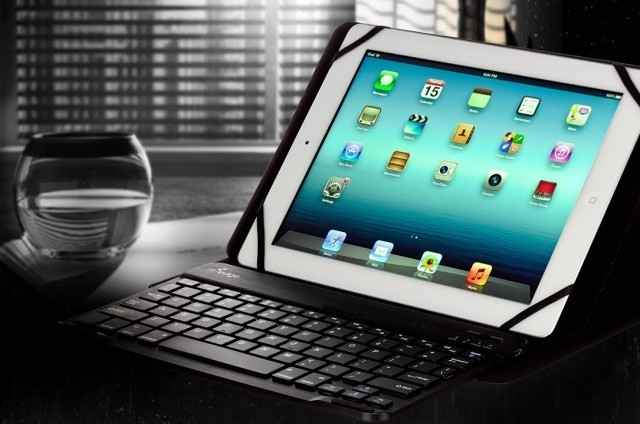 M-Edge's Tablet Keyboard Case Is The Missing Link Between iPad And MacBook [Review]