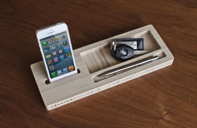 The STATION iPhone Caddy Wrangles Desktop Detritus