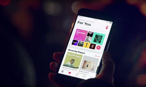 Apple snaps up music analytics firm Asaii