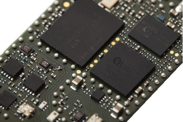 This simple new circuit could double iPhone data speeds