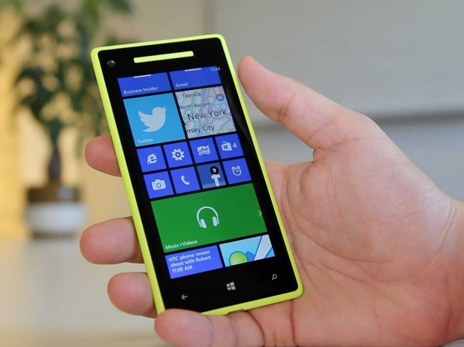 Microsoft tells Windows phone users to get an iPhone | Cult of Mac