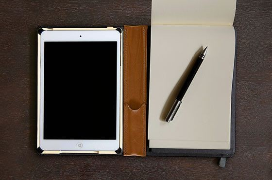 The Beautiful Dodocase Folio Packs Papaer And Pen Along With Your iPad Mini