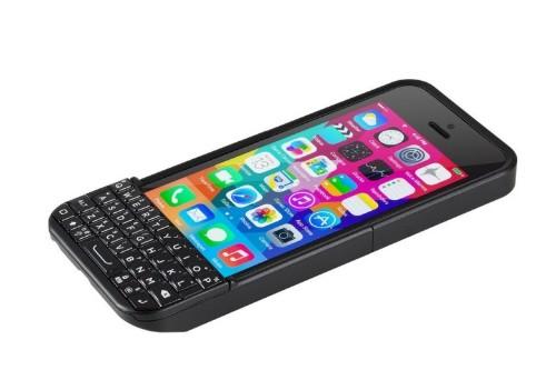 BlackBerry sues Ryan Seacrest's Typo iPhone keyboard case again