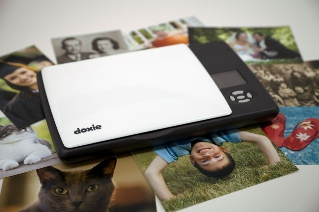 Doxie Flip Will Scan Anything — Even The Walls