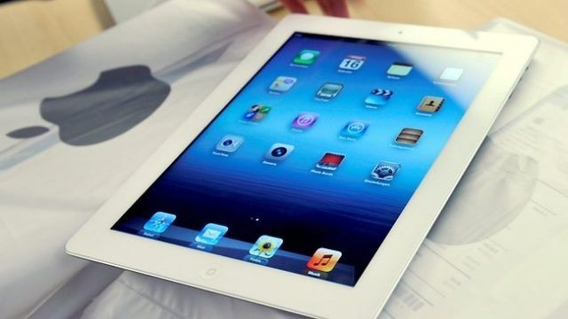 Apple Signs $30 Million iPad Contract With Second-Largest School District In U.S.