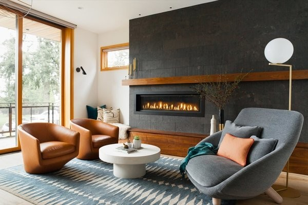 A Kid-Friendly Home Embraces High Style With Comfort