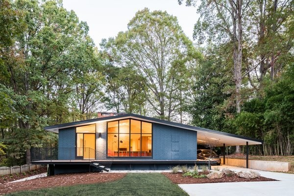 Elegantly Renovated, a Midcentury Home in Raleigh Asks $975K