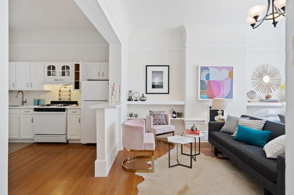 A Darling Little Edwardian Studio Seeks $595K in San Francisco