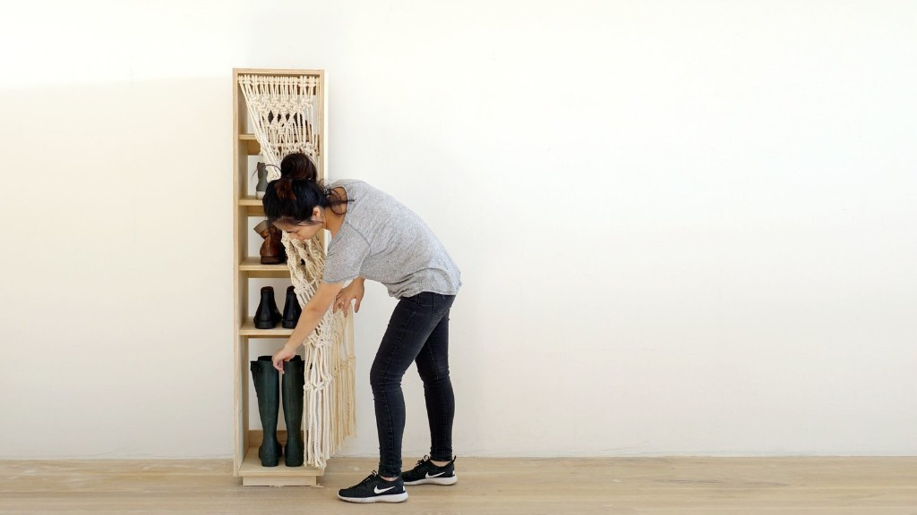 Dwell Made Presents: DIY Shoe Shelf With a Macramé Curtain