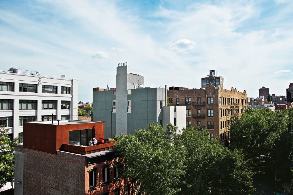 Articles about brooklyn couple rehabilitate 19th century duplex on Dwell.com