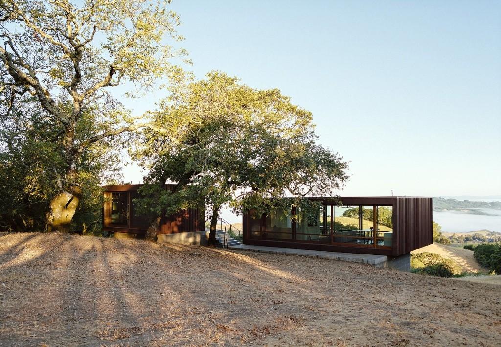 Sonoma weeHouse by Alchemy Architects - Steel Prefab Compound