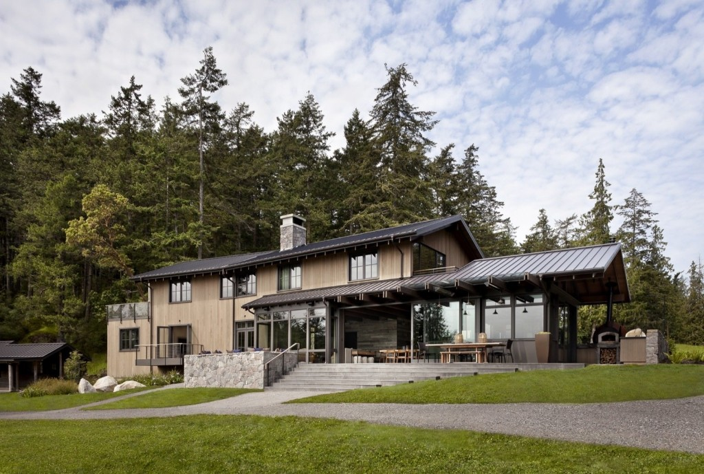 Orcas Island Retreat by DeForest Architects