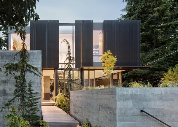 Eco Materials and Huge Windows Connect This Striking Home to its Environment