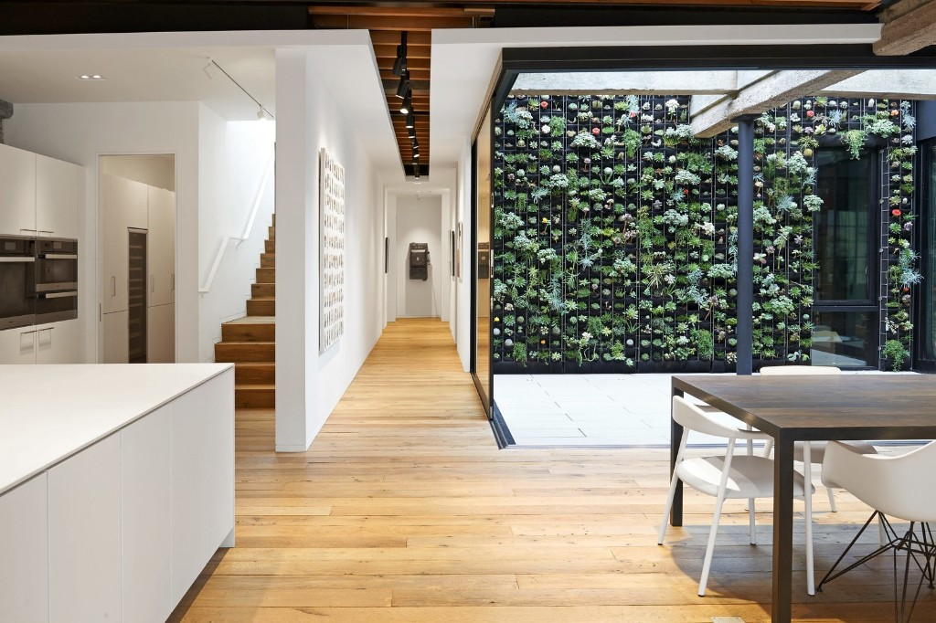 Before & After: A Car Shop in San Francisco Is Reborn as an Artist's Loft, Gallery, and Studio