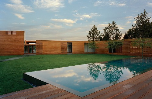 Articles about modern dallas family home on Dwell.com