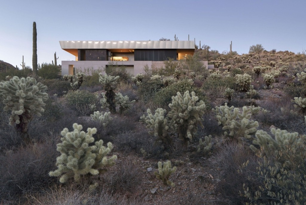 A Sustainable, Modern Home Frames a Prickly Desert Landscape