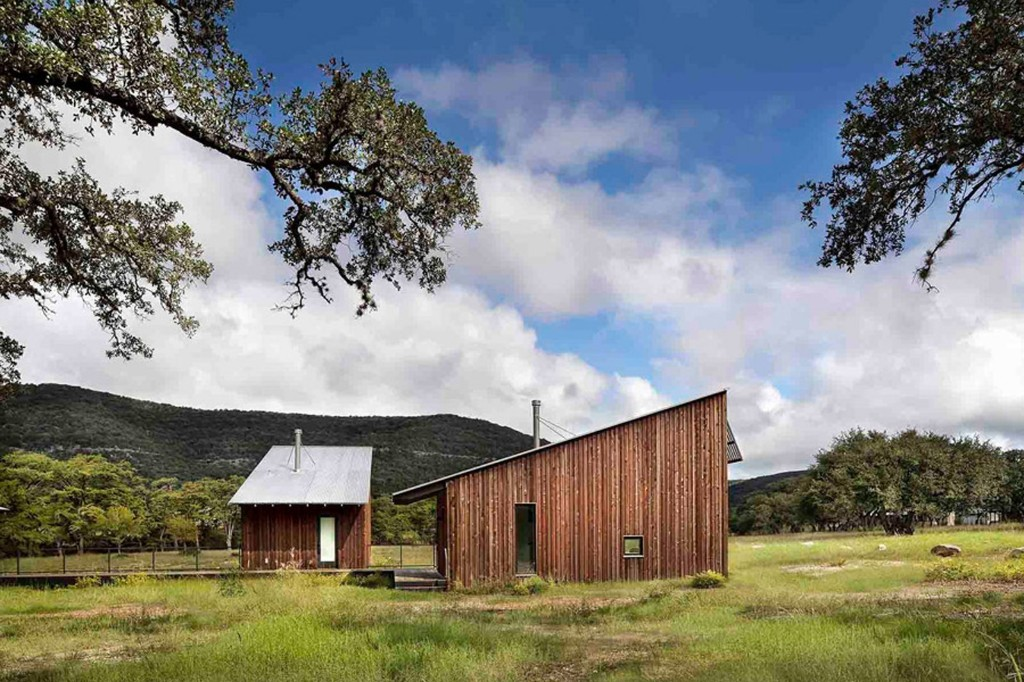 Camp Frio by Tim Cuppett Architects