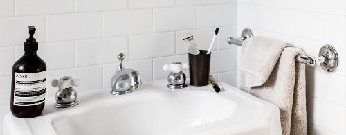Articles about how do material rich bathroom on Dwell.com
