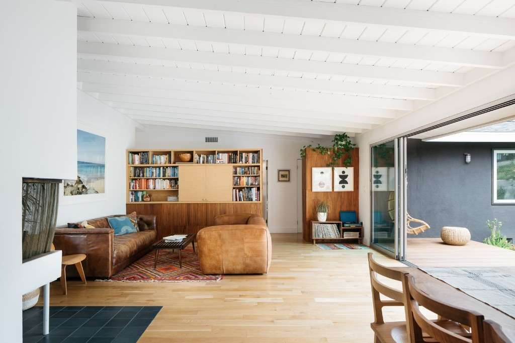 Articles about modern renovation midcentury house los angeles on Dwell.com