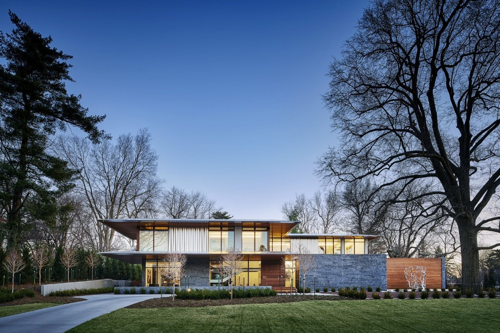 Articles about these private homes double modern art galleries on Dwell.com