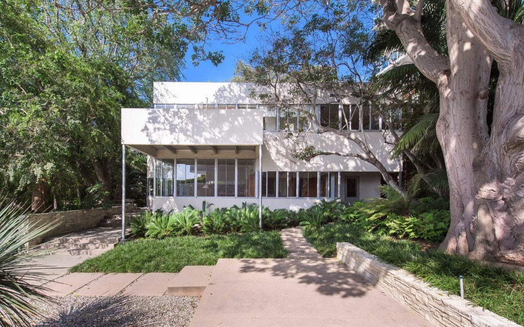 Richard Neutra's Updated Sten-Frenke House Hits the Market for a Cool $15M