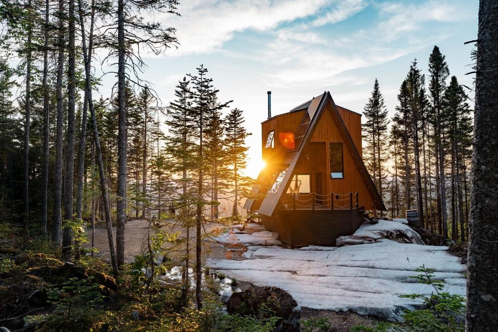 La Cabin Ride & Sleep by M4 Architecture
