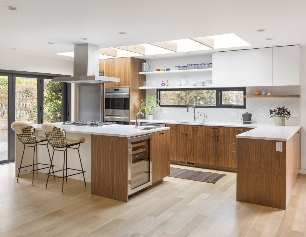 Articles about 13 modern kitchen renovations on Dwell.com