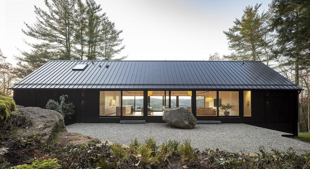 Ledge House by Desai Chia Architecture