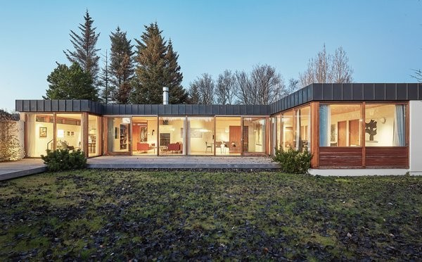 50 Best Midcentury Home Renovations That Honor Their Roots
