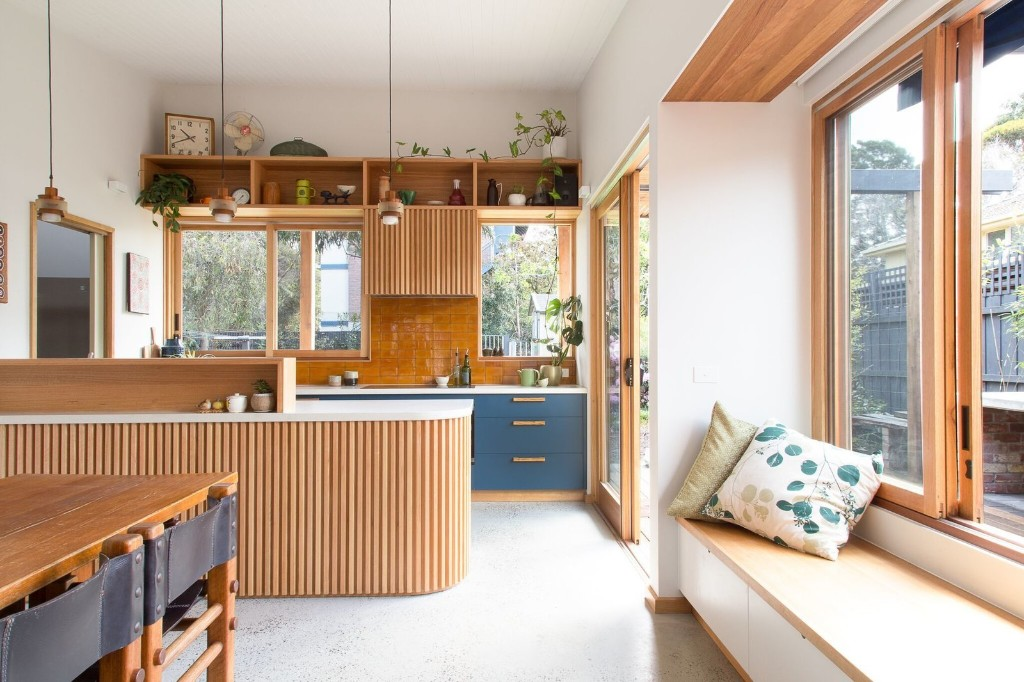 A Cramped Bungalow Is Reborn as an Eco-Minded Abode For Two Gardeners