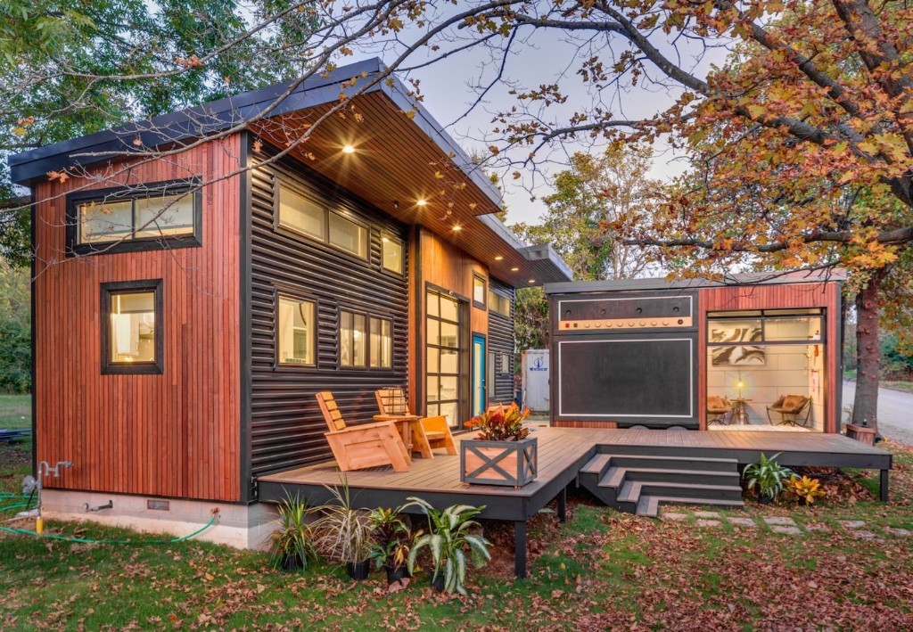 Amplified Tiny House Modern Home in Fayetteville, Arkansas by Brian…