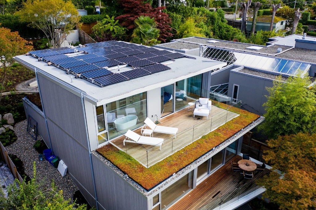 West Bay Passive House by BattersbyHowat