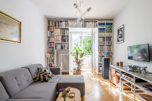 5 Homes With Top-Shelf Libraries