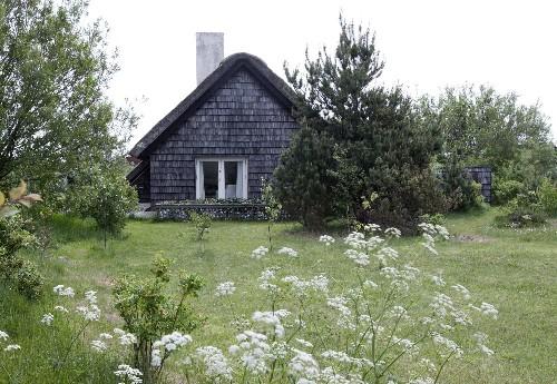 Summer Cabin in Denmark by John Lassen and Joanna Tench