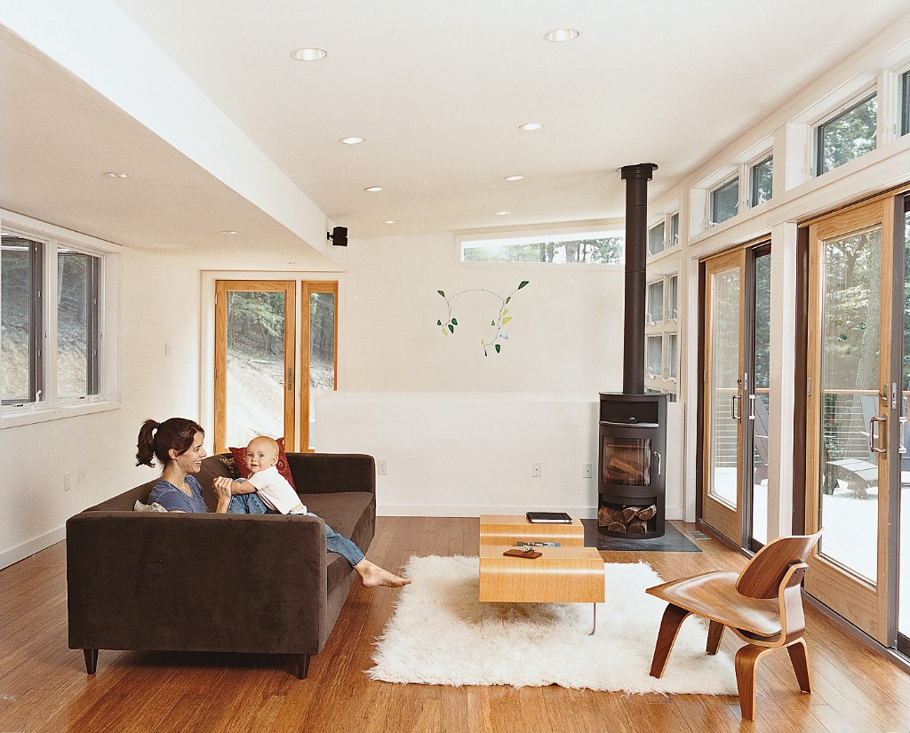 Home Decor & Beyond - Magazine cover
