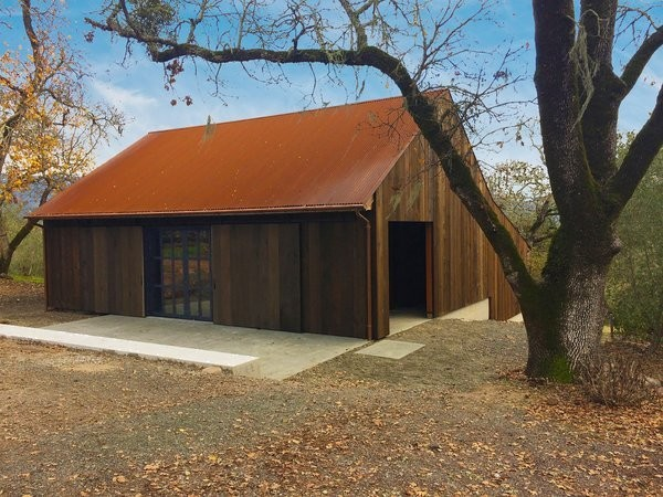 Before & After: A Ramshackle Barn in Northern California Becomes a Family's Rural Retreat