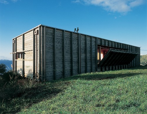 Articles about how buy shipping container on Dwell.com