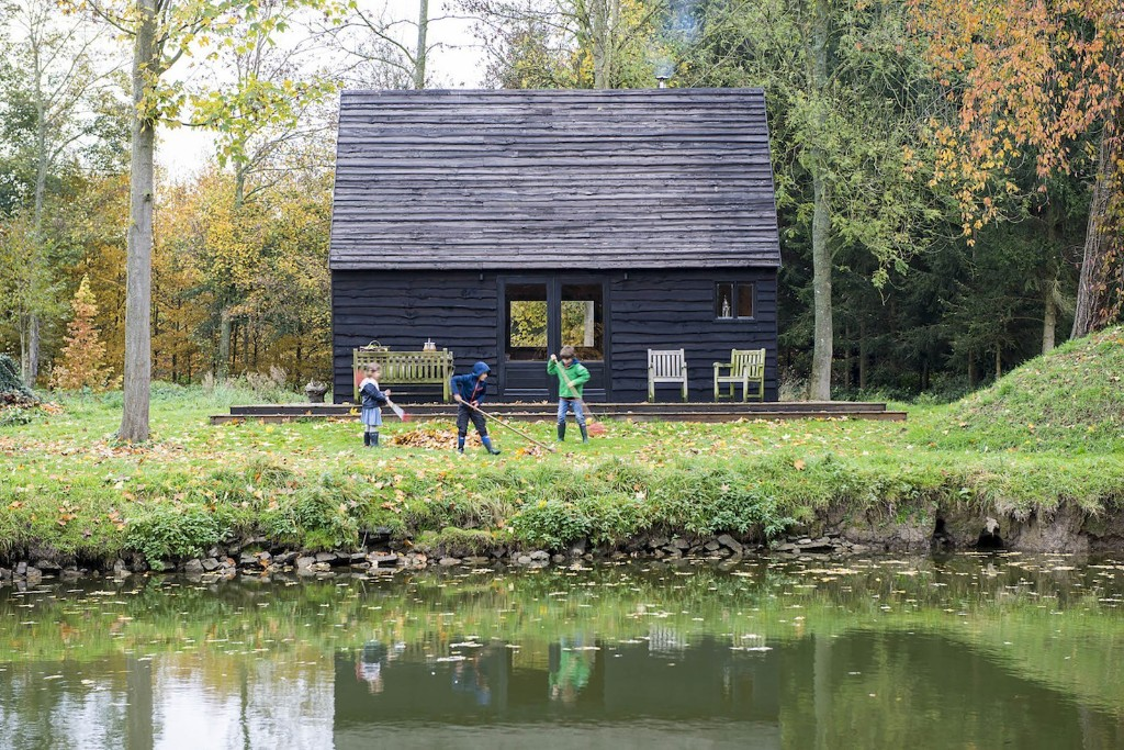 Built on a Budget, This Belgian Cabin Is Straight Out of a Fairytale