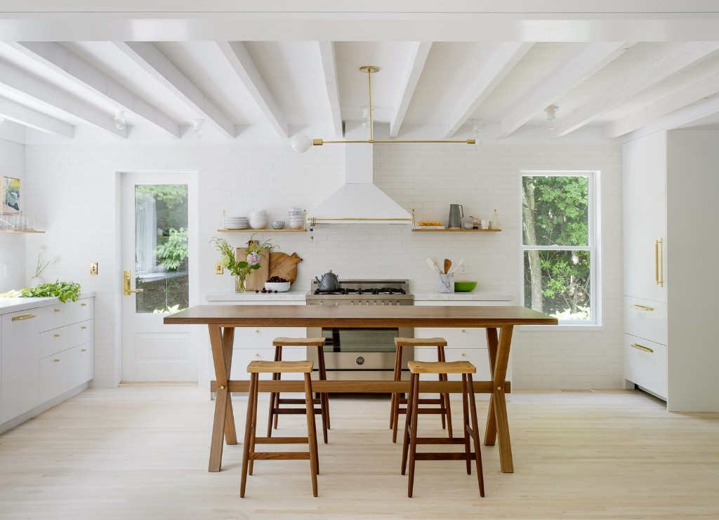 Articles about 6 small kitchens big style on Dwell.com
