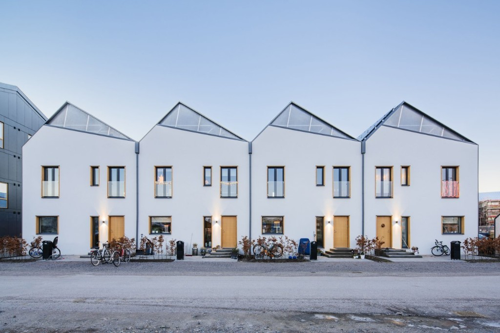 3 in 1 Housing by Street Monkey Architects