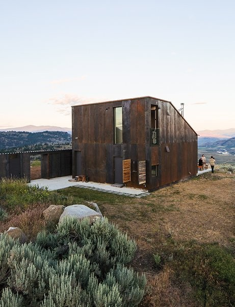 That's a Wrap: 7 Homes Covered in a Single Material